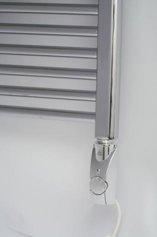 Нагреватель HeatPol GTN хром установлен в полотенцесушитель (900Вт)