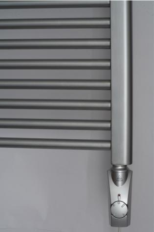 Нагреватель HeatPol GTN установлен в полотенцесушитель (900Вт)